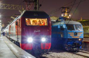 Поезд Москва — Санкт-Петербург